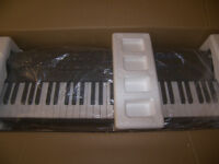 Brand NEW ! Kurzweil SP4-7 , 76-Key Semi Weighted Stage Piano 128 Presets + 64 Setups + 64 User.