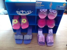 KIDS CONNECTION DRESS UP SHOES 5 PAIRS PLUS TIARA IN CARRY BOX