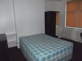 1st July 17 - 3 DOUBLE Bed House Davenport Ave Withington 3 x £315pcm FREE INTERNET TV & LICENCE!