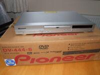 Pioneer DV-444-S DVD Player