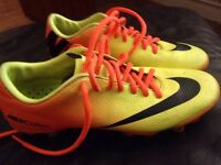 Nike football boots size 6 good condition