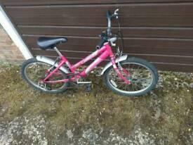 Girl's bike age 4-7