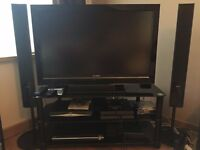 "SONY HD LCD TV 40"", 5.1 surround sound and glass TV stand - EXCELLENT CONDITION"