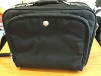 Brand new DELL briefcase in very good condition only £10