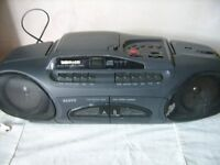 Sanyo portable CD, LW MW FW STEREO, DOUBLE CASSETTE PLAYER (MODLE MCD-Z41L)