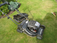 Champion Premium Briggs and Stratton petrol lawnmower