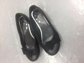 BLACK FAUX LEATHER SLIP ON BALLERINA SHOWS PUMPS SCHOOL GIRLS LADIES WOMENS SIZE 4 NEW FREE DELIVERY