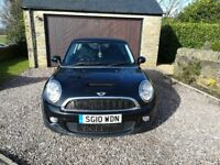 2010/10 Black Mini Cooper 1.6S - Very Low Miles 47,587 Full MOT Immaculate Warranty inc.