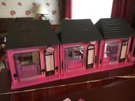Chad Valley DesignaBoutique Playset with dolls and accessories