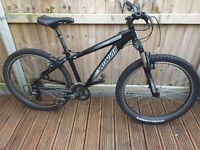 Specialized Hardrock Mens / Boys Mountain Bike