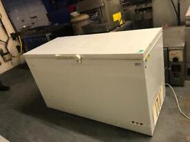 Large chest freezer catering equipments Resturant equipments hotels pubs upright fridge Commercial