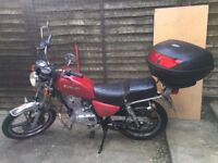 Suzuki GN125 Legal Learner and Commuter