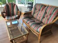 Conservatory furniture (table and chairs)