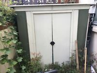 Metal shed. Good condition and ready dismantled.