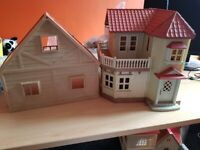 Sylvanian Families Red Roof Country Home, Rabbiy family & accessories