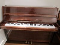 Upright Piano - Well maintained, body and mechanics. Walnut polished (Samick)