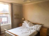 Double room for rent in headingley