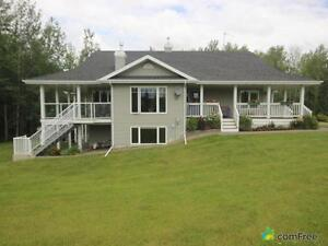 $719,900 - Acreage / Hobby Farm / Ranch in Parkland County