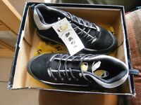 MENS NEW FASTLANE TRAINERS SUITABLE FOR WORK - BLACK AND SILVER SIZE 11