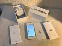 Apple iPhone 5 16GB UNLOCKED boxed all genuine accessories no offers