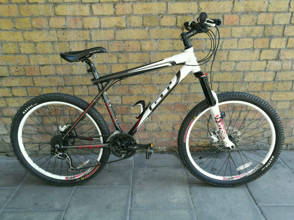 """Gt Aggressor XCR Mountain BikeExtrasin Tower Bridge, LondonGumtree - In very near new condition this bike was well looked after and hardly used by the looks of it.Very clean frame will easily pass as a new bike.20"""" frame size.Has lock suspension for on and off road riding.Comes with Speed o metre, 2 front lights and..."""