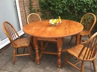 Dining room table, solid pine, gate leg circular table