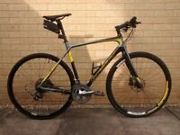 SCOTT SOLACE 4C FULL CARBON DISC HYBRID BIKE MEDIUM 54cms HARDLY USED EXCELLENT CONDITION