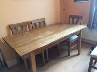 Solid Oak Dining Table in v.good condition. 168cm x 85cm