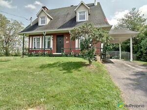 750 000$ - Maison 3 étages à vendre à St-Bruno-De-Montarville