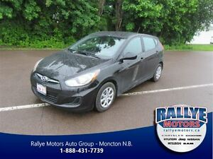 2014 Hyundai Accent GL! Spoiler! Heated! ONLY 25K! Trade-In! Sav