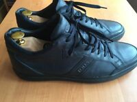 Luxurious Tods navy blue calfskin trainers/shoes, 43 / uk9, RRP £320, priced to sell