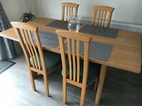 Light Oak Dinning Room Tablet and 6 Chairs