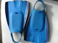 Blue Short Fin Flippers