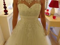 BRAND NEW Phoenix Gown - B662 - Ivory Lace Wedding Gown, WEDDING DRESS