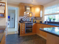 Very large 3 bedroom House in Harold Hill Dss acceptable with guarantor