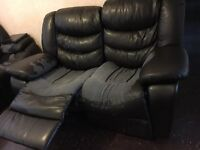recliner 3 seaters + 2 seaters for free