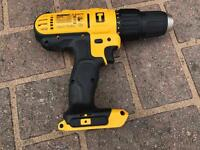 DeWalt 18v drill with battery, bag and charger.