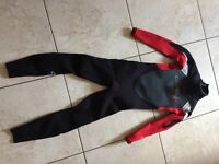 O'Neill Epic 3:2 Ultraflex Seamless Boys Full Wetsuit Age 9, used for a weekend Mint condition