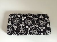 Brand new NewLook purse black and white
