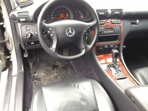 2004 Mercedes-Benz C240 4MATIC SPORTY VERY SMOOTH !!!!!!!!! London Ontario image 15