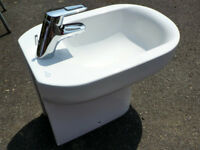 Bidet. Ideal Standard. As new. Contemporary style. With tap and fittings