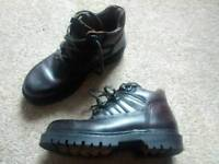 Dark brown leather boots 8uk