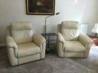 2 matching Italian cream coloured leather armchairs in excellent condition