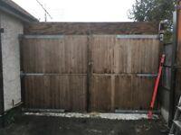 drive way yard gates wooden gates