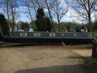 60ft Narrow Boat Home For SALE with a current annual part rental income of £4500
