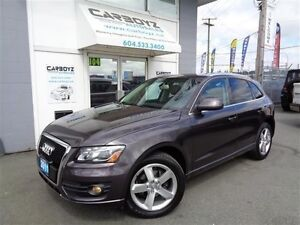 2011 Audi Q5 Premium 3.2L V6, AWD, Pano Roof, Leather