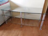 Tv Stand in Excellent Condition for sale!