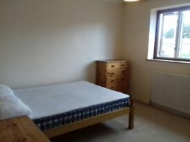 Double room to let in Leamington Spa