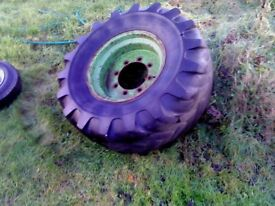 JOHN DEERE SIZE 20 WHEEL EXCELLENT CONDITION WITH TYRE £65