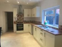 **NO FEES**3 Bed House TO LET RENT Tonypandy Llwynpia Lrg Kit DOUBLE GARAGE AVAILABLE JAN 17